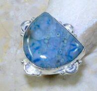 טבעת בשיבוץ ג'ספר אוושין כחול כסף 925 מידה: 8