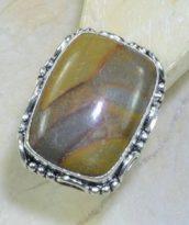 טבעת משובצת ג'ספר אוטומן כסף 925 מידה: 9.75