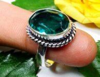 טבעת משובצת טורמלין ירוק כסף 925 מידה: 9.5
