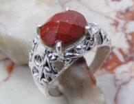 טבעת משובצת ג'ספר אדום כסף 925 מידה: 8