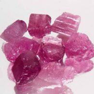אבן חן: 8 יחידות טורמלין ורוד גלם לליטוש מוזמביק 12.81 קרט