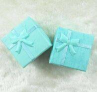 תכשיטנות: 4 קופסאות אריזה לתכשיט עם סרט גוון ירוק טורקיז