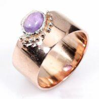 טבעת בשיבוץ אמטיסט עבודת יד כסף וציפוי זהב