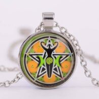 תליון ושרשרת מוכסף סמל הפנטגרם וסמל פוריות האלה צבעי כתום ירוק