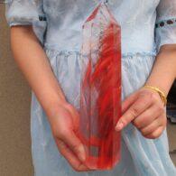 מוט קוורץ קריסטל אדום גדול משקל: 1659 גרם לאספנים