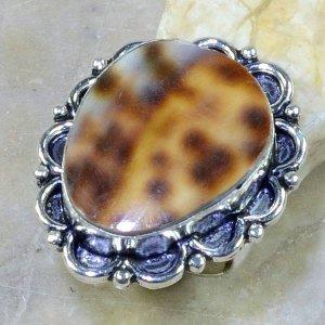 טבעת בשיבוץ צדף כסף 925 מידה: 8.25