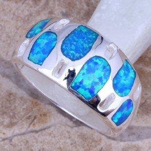 טבעת משובצת אופל כסף 925