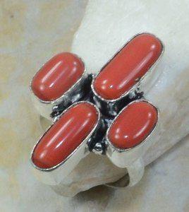 טבעת משובצת קורל כסף 925 מידה: 8.5