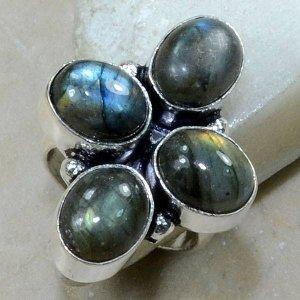 טבעת משובצת 4 אבני לברדורייט כסף 925 מידה: 6.75
