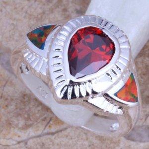 טבעת משובצת אופל ירוק אדום וגרנט כסף 925