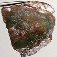 אבן חן: טורמלין ירוק גלם לליטוש 13.00 קרט