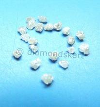 אבן חן: יהלום גלם לבן 0.10 קרט