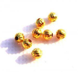 """תכשיטנות: 12 חרוזי זהב 5 מ""""מ"""