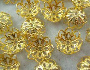 """תכשיטנות: 20 קישוטי זהב 12 מ""""מ"""