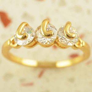 טבעת גולדפילד משובצת 3 קריסטלים