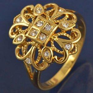 טבעת גולדפילד עגולה משובצת קריסטלים