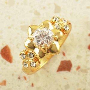 טבעת גולדפילד עיצוב פרח משובצת קריסטלים
