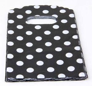 תכשיטנות: 50 שקיות אריזה עם ידית עיצוב עגולים שחור לבן