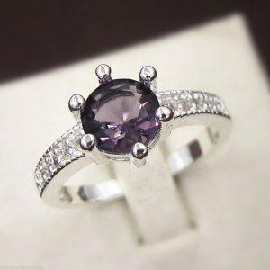טבעת בשיבוץ אמטיסט כסף 925 מידה 8
