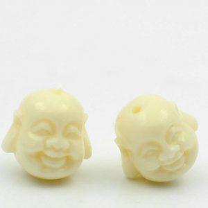 תכשיטנות: 5 חרוזים קורל גוון שמנת עיצוב ראש בודהה