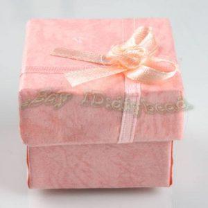 תכשיטנות: 4 קופסאות אריזה לתכשיט עם סרט גוון ורוד