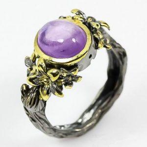טבעת בשיבוץ אמטיסט עבודת יד כסף רודיום שחור וציפוי זהב