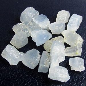 אבן חן: מקבץ קלציט כחול לשיבוץ (מדגסקר) 11.44 קרט