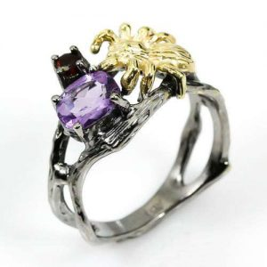 טבעת בשיבוץ אמטיסט וגרנט עבודת יד כסף ציפוי זהב ורודיום שחור