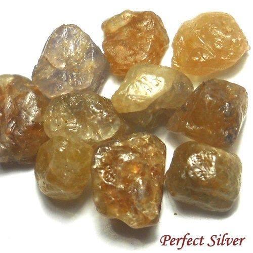 אבן חן: ספיר צהוב גלם לליטוש 14.85 קרט 10 יחידות