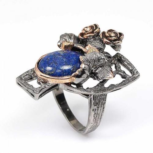 טבעת עבודת יד כסף 925 ציפוי זהב ורודיום שחור בשיבוץ לאפיס לג'ולי ואמרלד (אפריקה) מידה: 9.5 הטבעת: 69.5 קרט