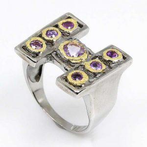 תכשיט יוקרה: טבעת עבודת יד כסף 925 ציפוי זהב ורודיום שחור בשיבוץ אבני אמטיסט (אפריקה) מידה: 9 הטבעת: 43.9 קרט