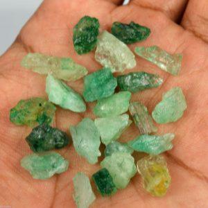אבן חן: אמרלד גלם קטנים לליטוש (קולומביה) 64 קרט