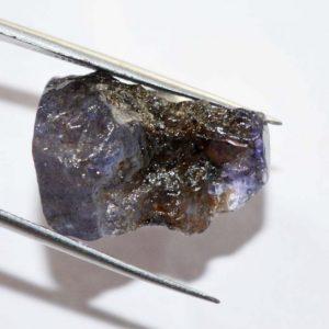אבן חן: טנזנייט גלם לליטוש (טנזניה) 25.90 קרט