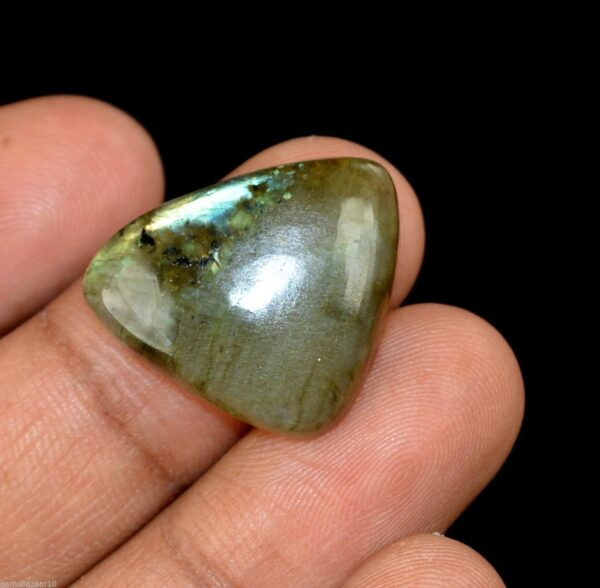 אבן חן: לברדורייט מלוטש לשיבוץ (מדגסקר) 18.70 קרט