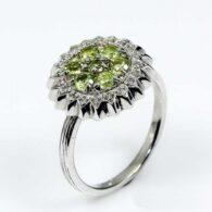 טבעת כסף 925 בשיבוץ אבני פרידות וטופז מידה: 8.5 הטבעת: 24.2 קרט