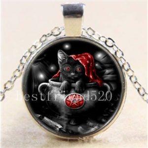 תליון ויקה חתול שחור מוכסף