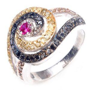 טבעת כסף 925 בשיבוץ יהלומי גלם 1.46 קרט וזירקון אדום ושחור מידה: 7.5
