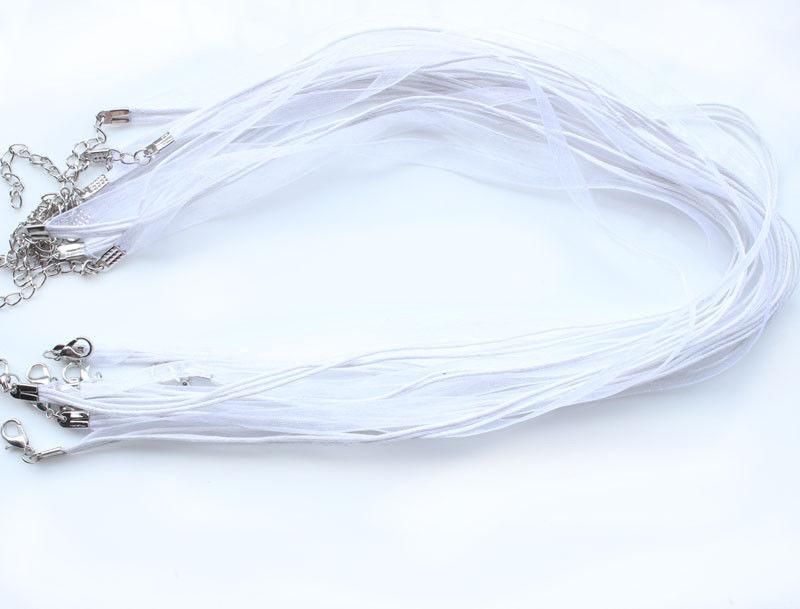 חישוק קולר לבן סוגר מוכסף