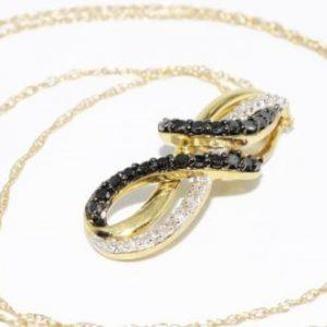 תליון ושרשרת זהב צהוב 10 קרט בשיבוץ יהלומים שחורים ולבנים 45. קרט