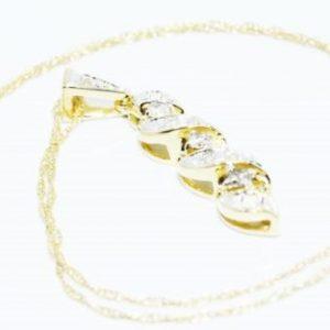 שרשרת ותליון זהב צהוב 14 קרט בשיבוץ יהלומים לבנים 19. קרט
