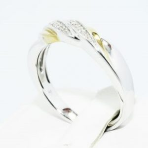 טבעת כסף 925 בציפוי זהב בשיבוץ יהלומים לבנים 11. קרט מידה: 10.75