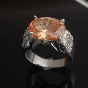 טבעת כסף בשיבוץ טופז מידה: 6