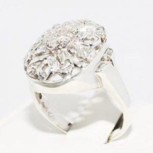 טבעת כסף 925 בשיבוץ יהלומים לבנים 09. קרט מידה: 9.25