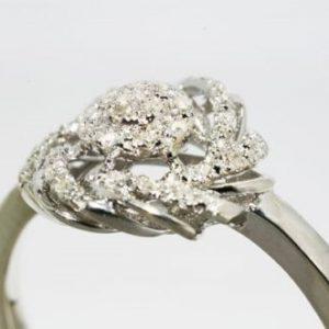טבעת כסף 925 בשיבוץ יהלומים לבנים 13. קרט מידה: 6.25