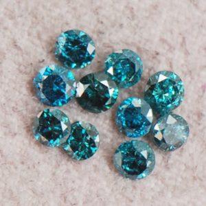 יהלומים כחולים מלוטשים עגולים 20. קרט בחבילה דרום אפריקה כל יהלום: 1 - 2 נקודות