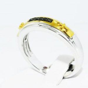טבעת כסף 925 וציפוי זהב בשיבוץ יהלומים שחורים עגולים 05. קרט מידה: 10.5