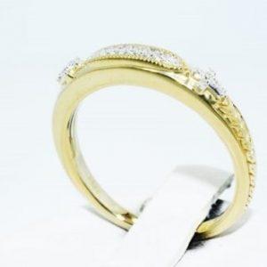טבעת כסף 925 בציפוי זהב בשיבוץ יהלומים לבנים 06. קרט ניקיון יהלומים: SI1 מידה: 7.25