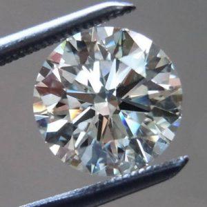 יהלום לבן עגול אפריקה + תעודה משקל: 0.052 קרט ניקיון: SI3 - I1