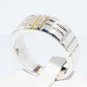 טבעת כסף 925 וזהב לבן 10 קרט בשיבוץ 8 טופז לבן מידה: 10.75