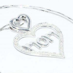 תליון ושרשרת כסף 925 עיצוב לב ו- MOM ובשיבוץ 34 יהלומים 30. קרט ניקיון יהלומים: I1